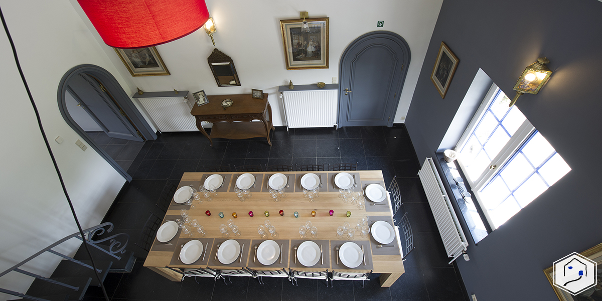 Topview on the dining room
